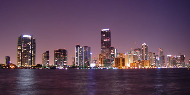 miamiyrs-skyline2